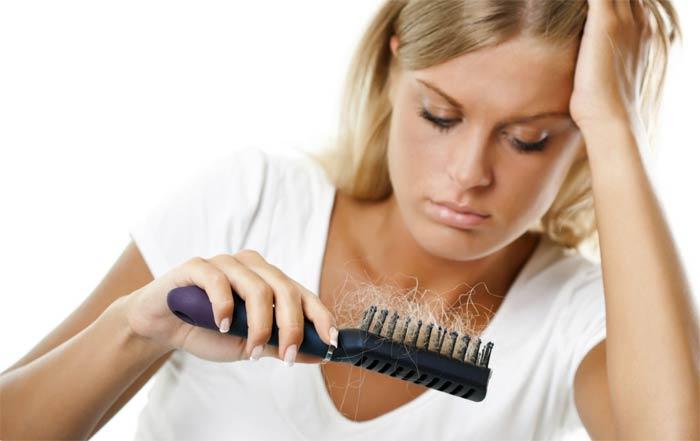 Выпадение волос причины и лечение у женщин в домашних условиях