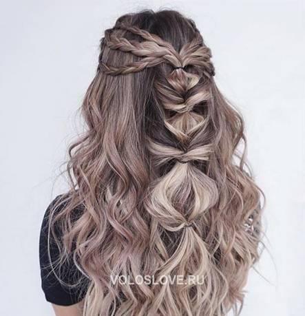 Красивая вечерняя укладка - волнистые волосы